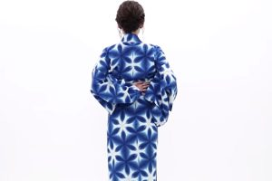 Point for wearing female yukata